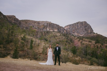EDNA+ARMANDO// TRASH THE DRESS on the mountains
