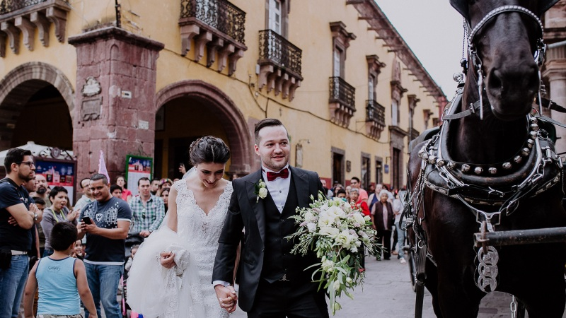 MARCE & JORGE // Magical San Miguel Wedding